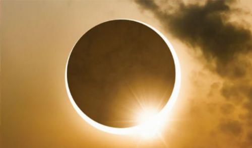 Solstice d'été, Fête de Litha, Nouvelle lune, éclipse, journée mondiale du yoga…